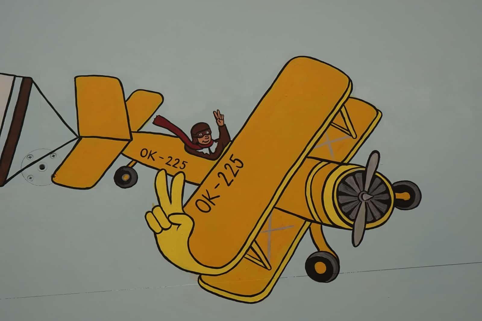 Malba na zeď - letadlo